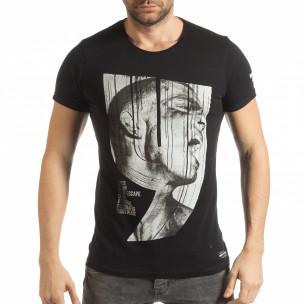 Мъжка черна тениска с образ