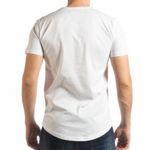 Мъжка тениска в бяло с пикселиран принт  2