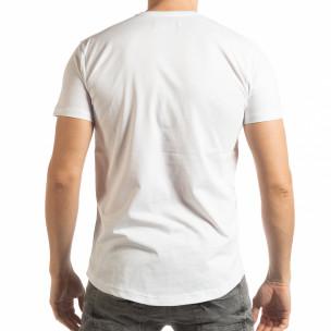 Бяла мъжка тениска с гумиран череп  2