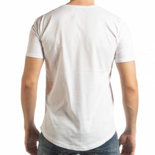 Бяла мъжка тениска с ръкописен принт  2