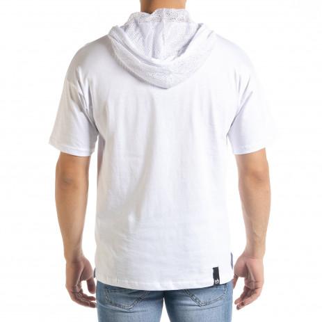 Бяла мъжка тениска с принт и качулка 2