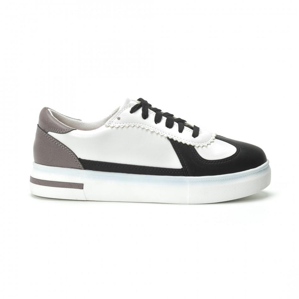 2d9a319d486 Γυναικεία λευκά sneakers με μαύρες- μπεζ λεπτομέρειες
