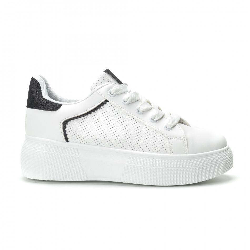 Γυναικεία λευκά sneakers με λεπτομέρειες από μαύρη χρυσόσκονη 41a13686636