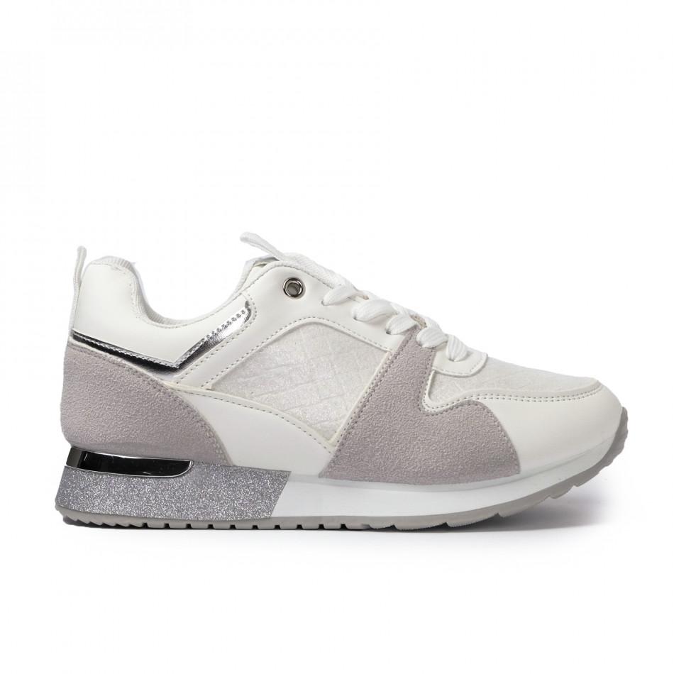 Γυναικεία λευκά sneakers με λεπτομέρεια glitter