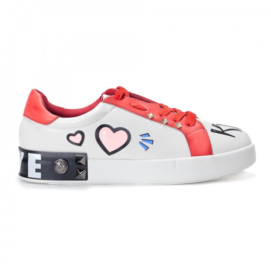 f8d3c9ad762 Γυναικεία λευκά sneakers από οικολογικό δέρμα με σχέδια και κόκκινες  λεπτομέρειες