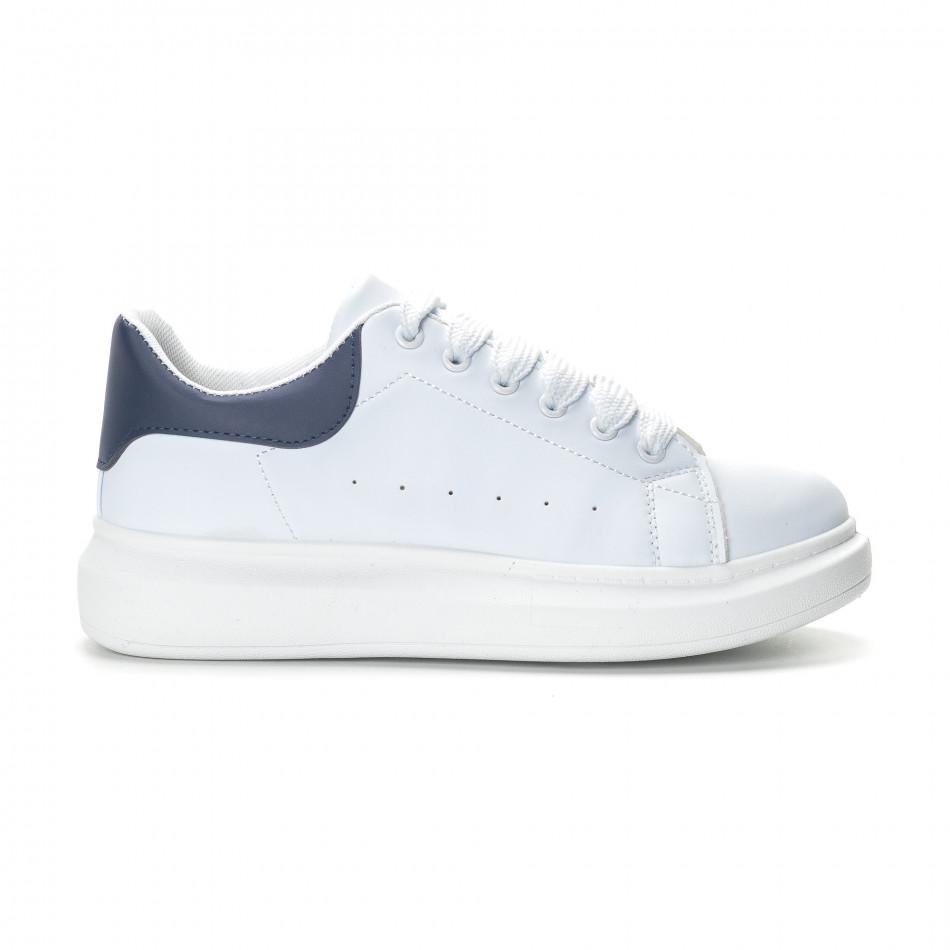 Ανδρικά λευκά αθλητικά παπούτσια με μπλε λεπτομέρειεα