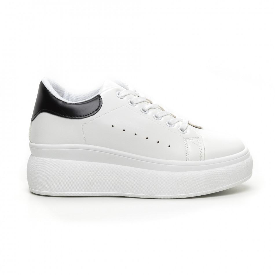 Γυναικεία λευκά sneakers με κρυφή πλατφόρμα