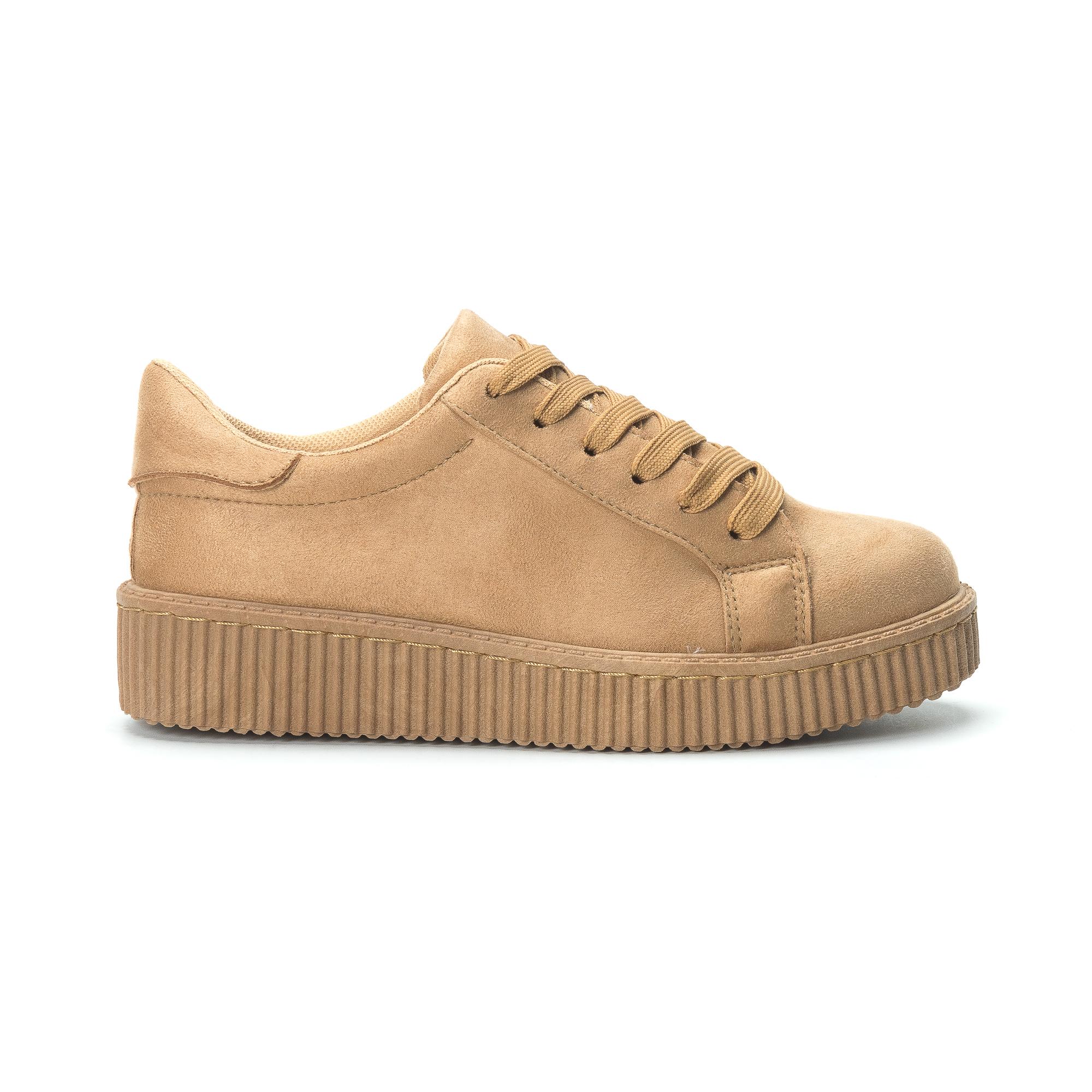 Γυναικεία camel sneakers από οικολογικό σουέτ e512acd083b