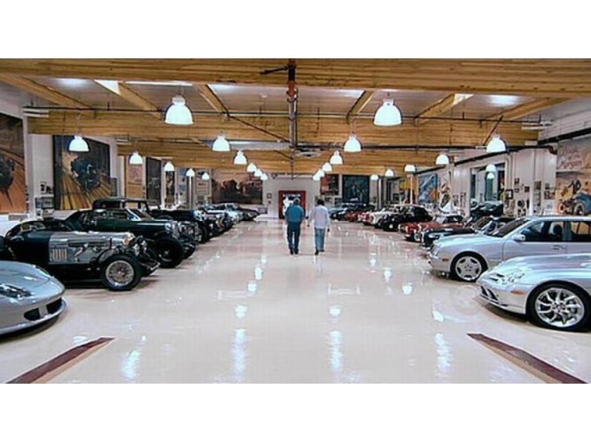 В гаража на Джей Лено- една от най-добрите колекции коли в света