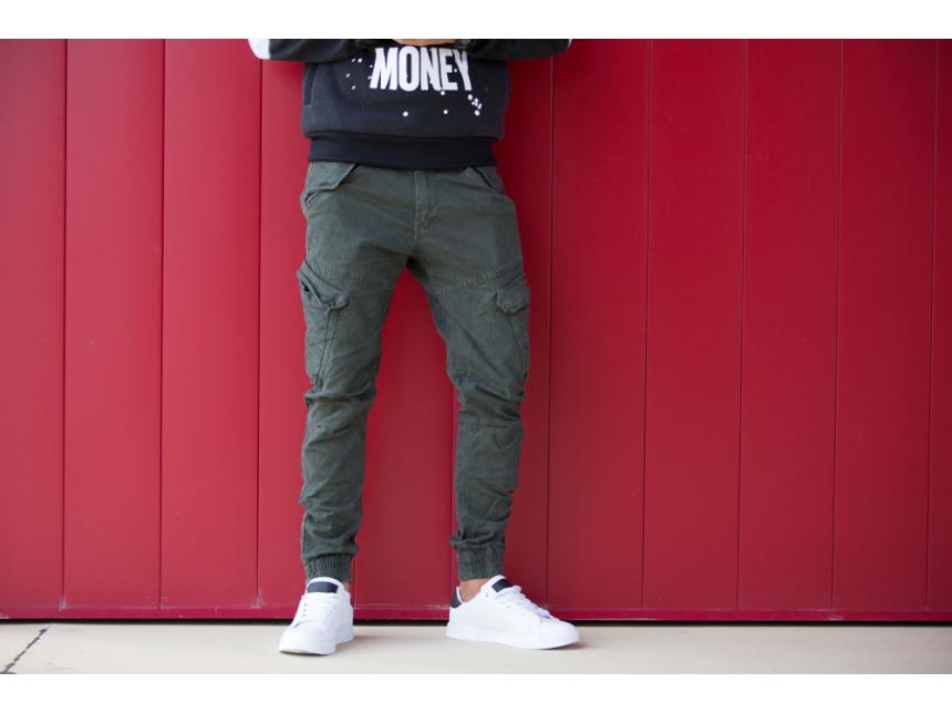 Разчупи с карго - практичният избор за панталон